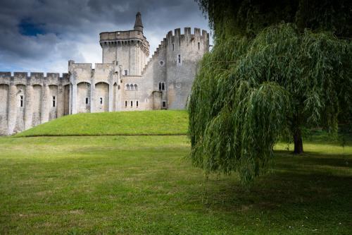 Château Guillaume. 2020
